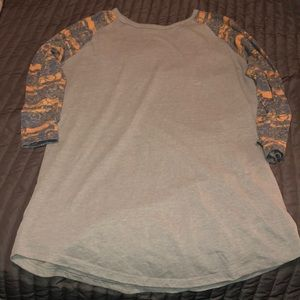 Women's medium LuLaRoe shirt